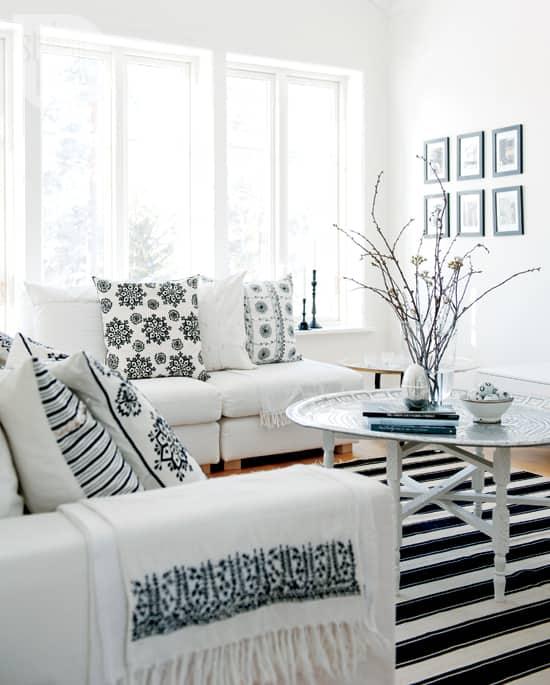 interior-fresh-white-livingroom.jpg