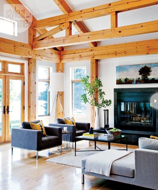 quaint-farmhouse-family-room.jpg