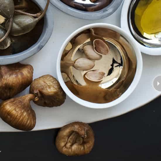 decor-gold-bowl.jpg