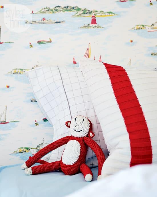 kids-bedroom-sailboat-wallpaper.jpg