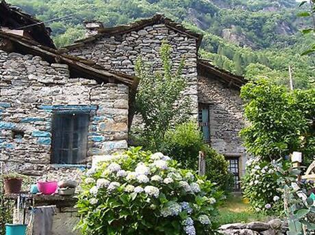 ebay-italian-village-1
