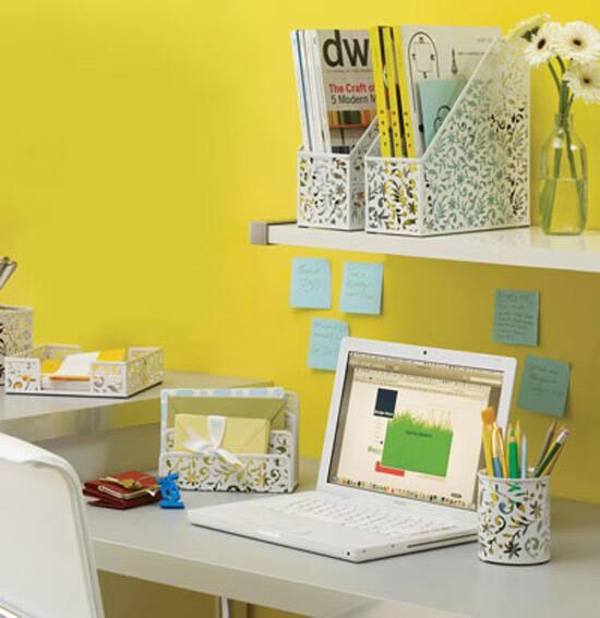 desk-acc-550.jpg