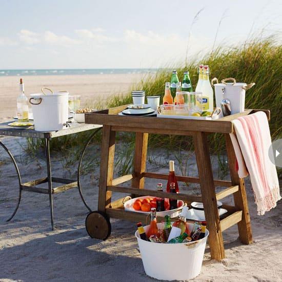 outdoor-entertaining-bar-cart.jpg