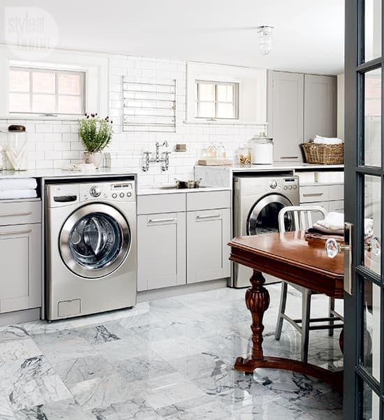 spacious-laundry-room-1.jpg