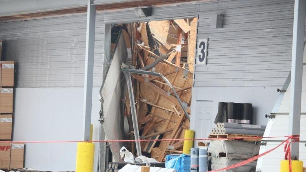 Deux effondrements de toiture en moins d'une heure à Québec | TVA Nouvelles