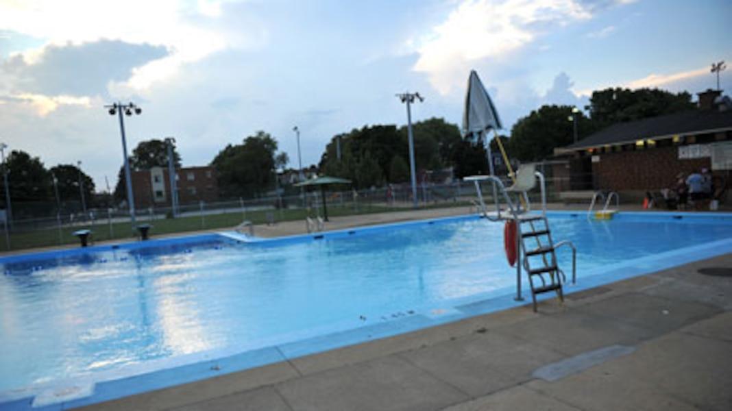 Les heures d 39 ouverture des piscines prolong es dans le sud for Ouverture piscine