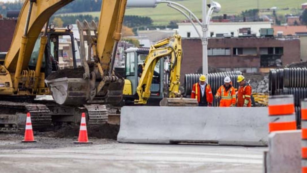 Des entreprises de construction d noncent les retards de for Les entreprises de construction