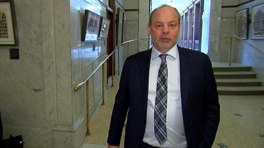Le pq demande la t te du chef de cabinet de couillard tva nouvelles - Chef de cabinet du premier ministre ...