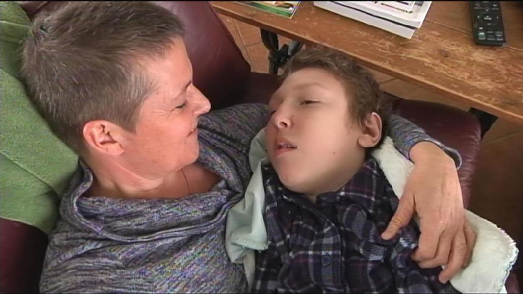 qu bec annonce une aide pour les parents d enfants lourdement handicap s tva nouvelles. Black Bedroom Furniture Sets. Home Design Ideas