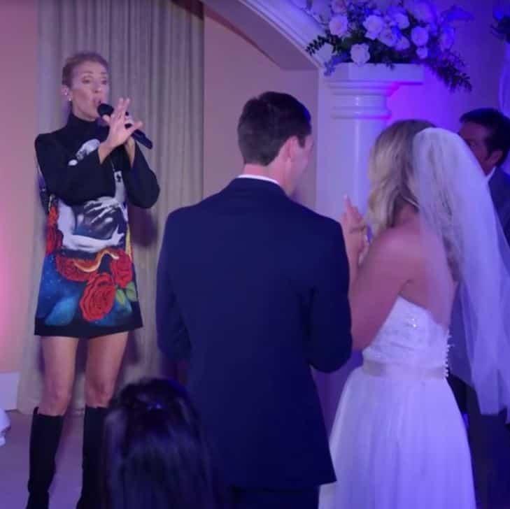 Céline Dion prend un couple par surprise en s\u0027invitant à son