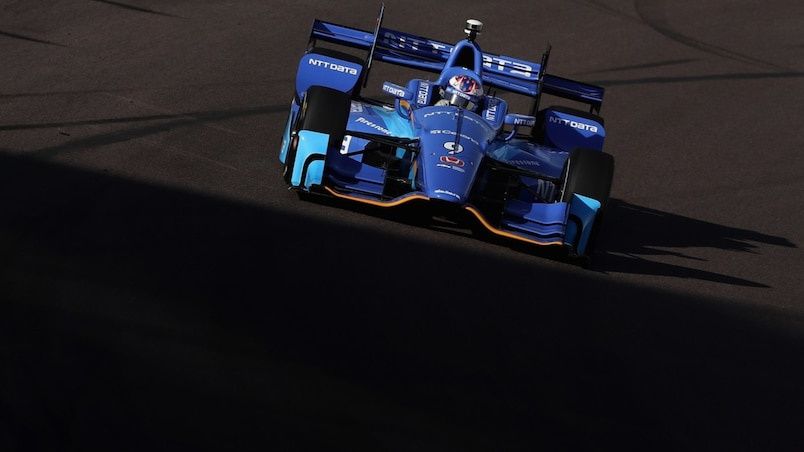 500 milles d'Indianapolis: Scott Dixon en position de tête, Alonso cinquième