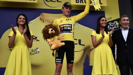 Tour de France: Mike Teunissen remporte la 1re étape