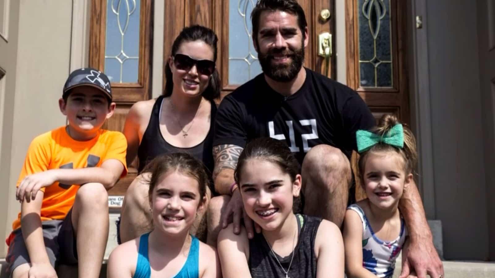 Sports Heureusement a la famille il y TVA rz4wqnrYH