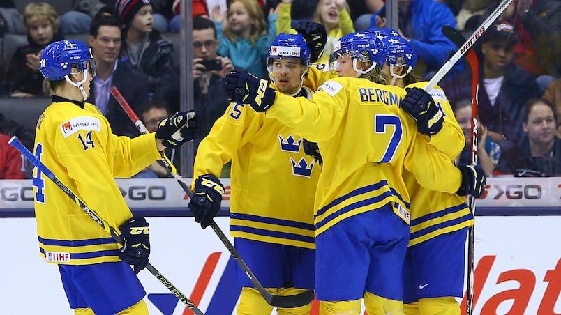 La Suède complète son parcours parfait