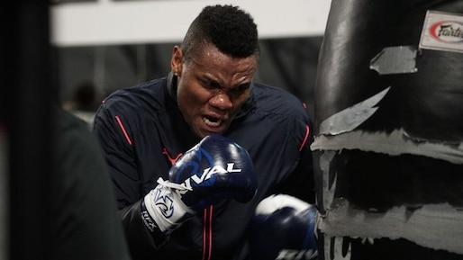La WBO ordonne un combat éliminatoire à Alvarez