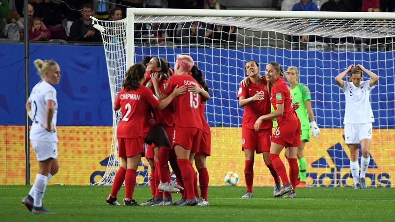 FBL-WC-2019-WOMEN-MATCH21-CAN-NZL