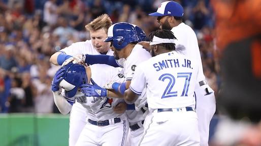 Aledmys Diaz sauve les Blue Jays