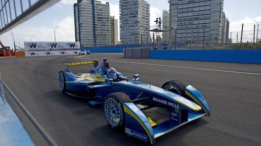 AUTO-FORMULAE-URU-RACE