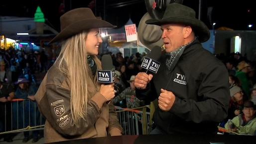 Dave reçoit une cowgirl qui n'a pas froid aux yeux!