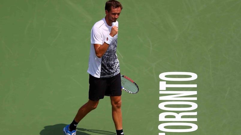 Daniil Medvedev surprend Jack Sock