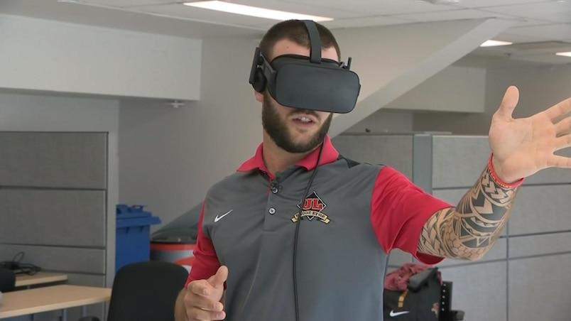 Le Rouge et Or s'entraîne dans le monde virtuel