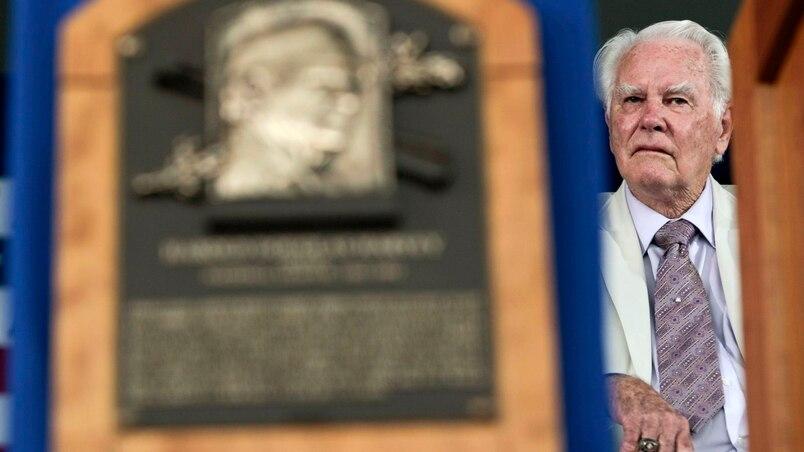 L'ancien arbitre Doug Harvey est décédé