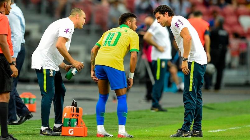 Neymar sorti sur blessure