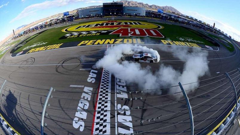 SPO-MOT-NAS-MONSTER-ENERGY-NASCAR-CUP-SERIES-PENNZOIL-400-PRESEN