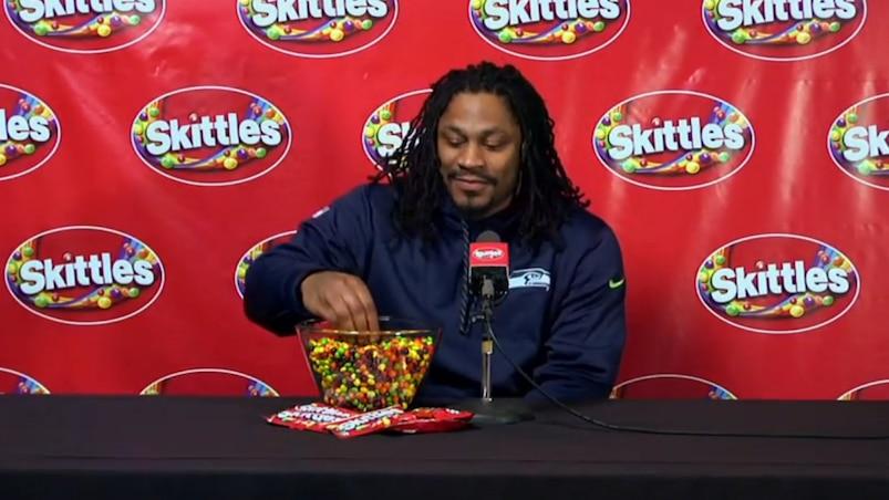 Lynch répond à des questions... pour Skittles