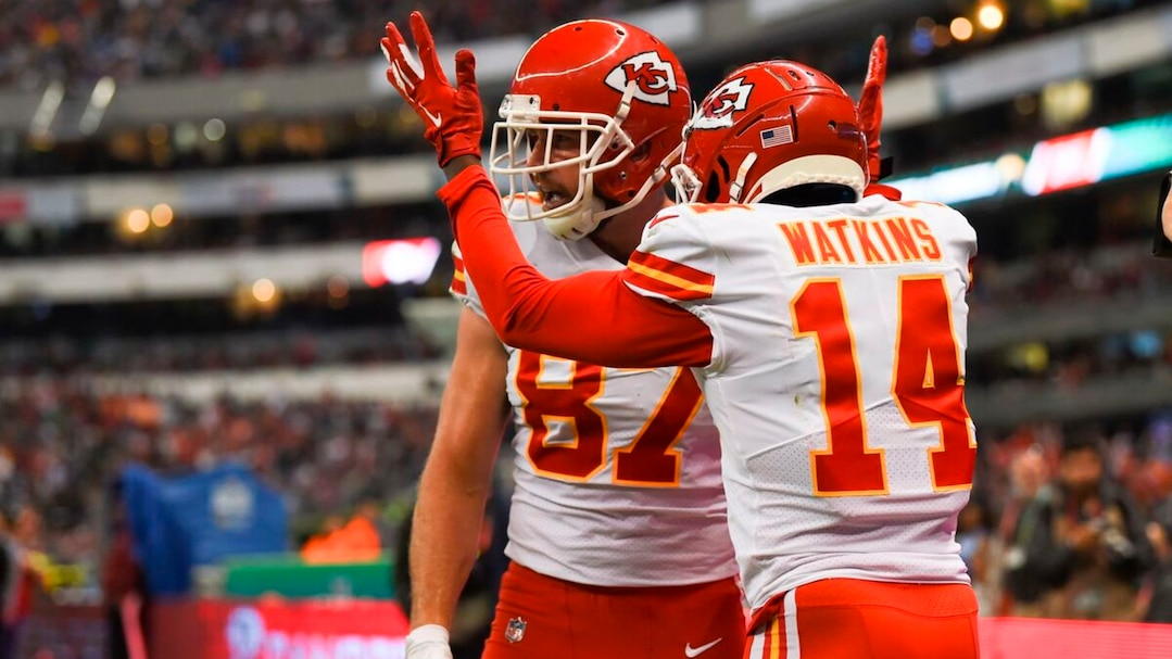 AMFOOT-NFL-CHIEFS-CHARGERS