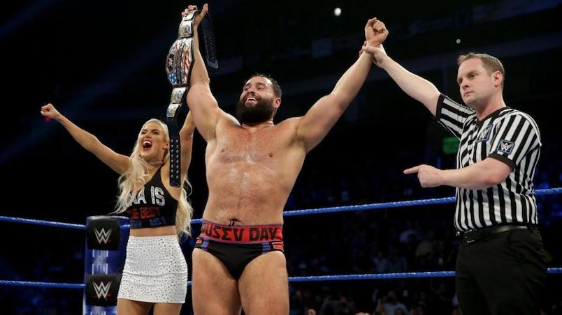 Cette semaine dans l'univers de la WWE : Oubliez le jour de l'An, c'est le Jour de Rusev!