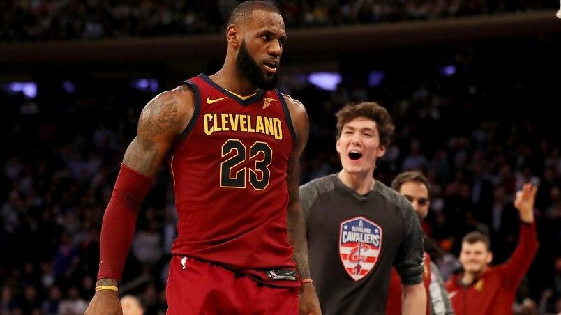 LeBron James supporte Colin Kaepernick