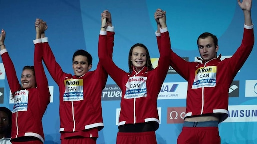 SWIM-WORLD-MIXED-RELAY