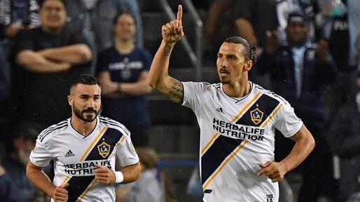 Zlatan Ibrahimovic ne retournera pas à Milan, devrait rester avec le Galaxy