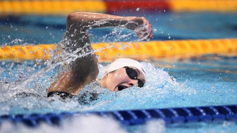 Médaille d'or pour Taylor Ruck aux Championnats pan-pacifiques