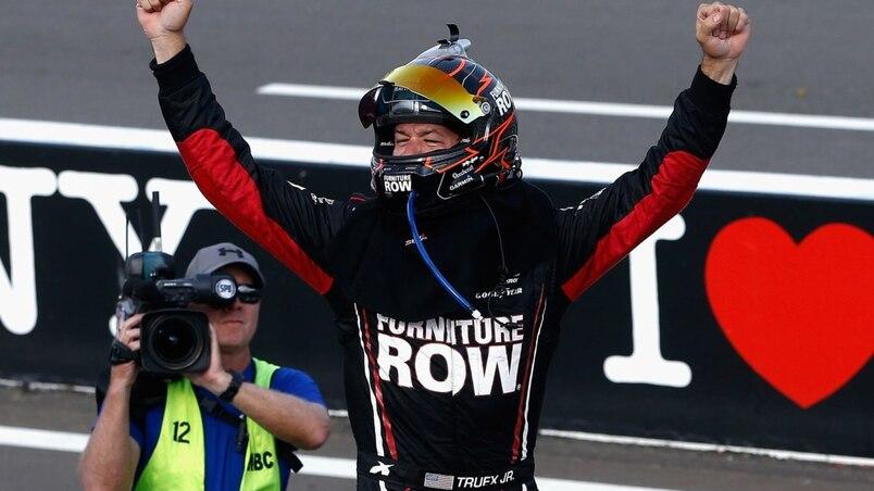 SPO-MOT-NAS-MONSTER-ENERGY-NASCAR-CUP-SERIES-I-LOVE-NY-355-AT-TH