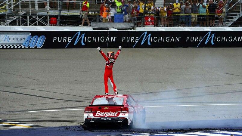 SPO-MOT-NAS-NASCAR-SPRINT-CUP-SERIES-PURE-MICHIGAN-400