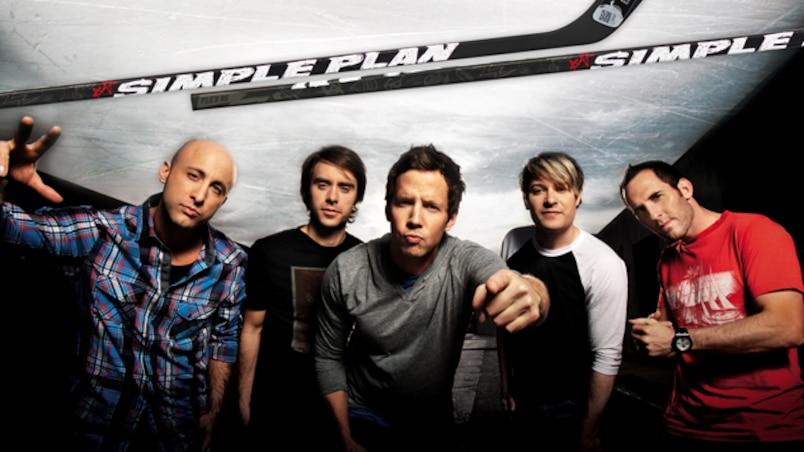 Les membres du groupe Simple Plan ont maintenant un bâton à leur effigie.