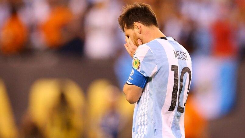 SOC-FOI-ARGENTINA-V-CHILE:-CHAMPIONSHIP---COPA-AMERICA-CENTENARI