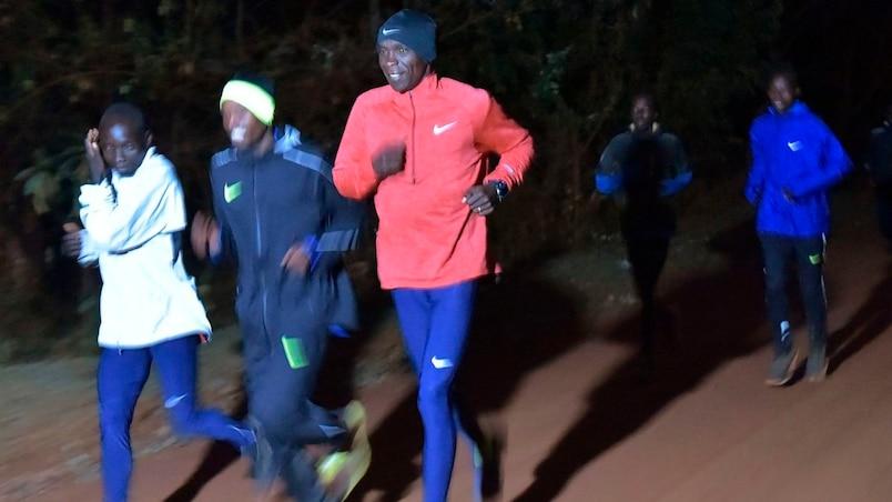 Marathon en moins de 2 heures : Eliud Kipchoge échoue par 25 secondes