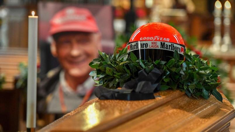 Des milliers de personnes disent adieu à Niki Lauda