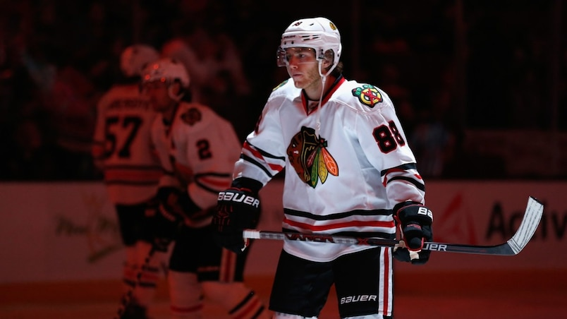 Chicago Blackhawks v Anaheim Ducks