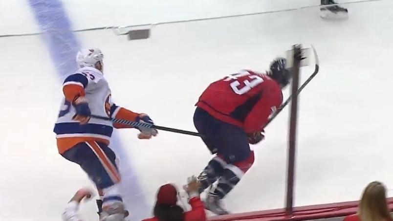 Les Islanders détestent vraiment Tom Wilson