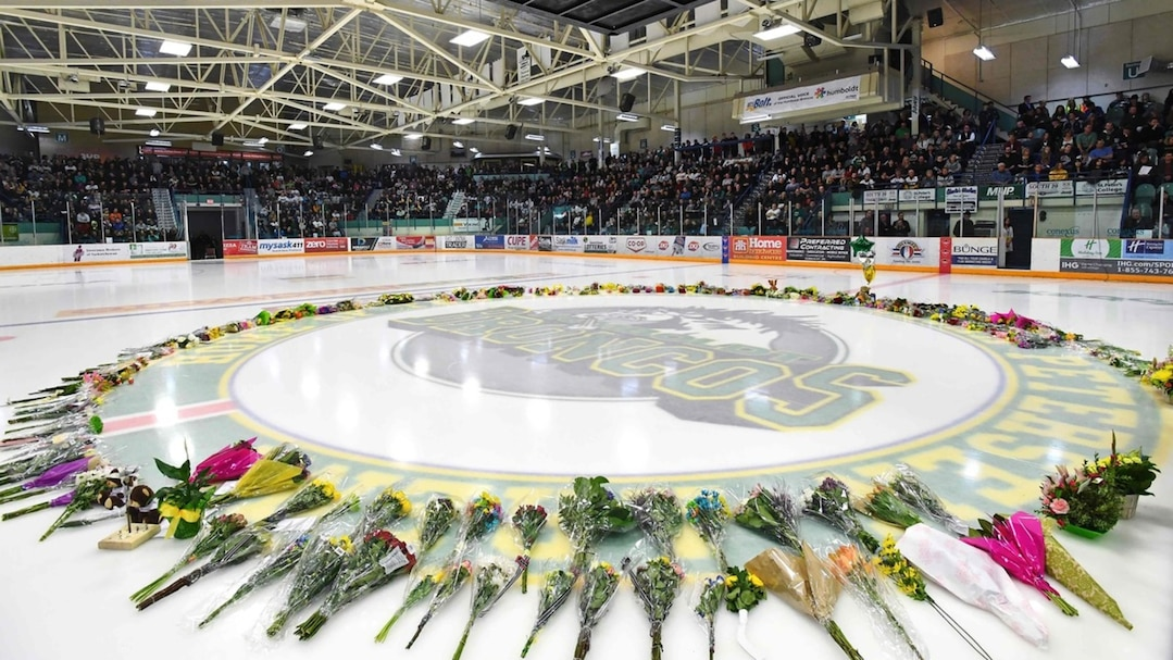 Humboldt comes together with prayers and donations after bus disaster