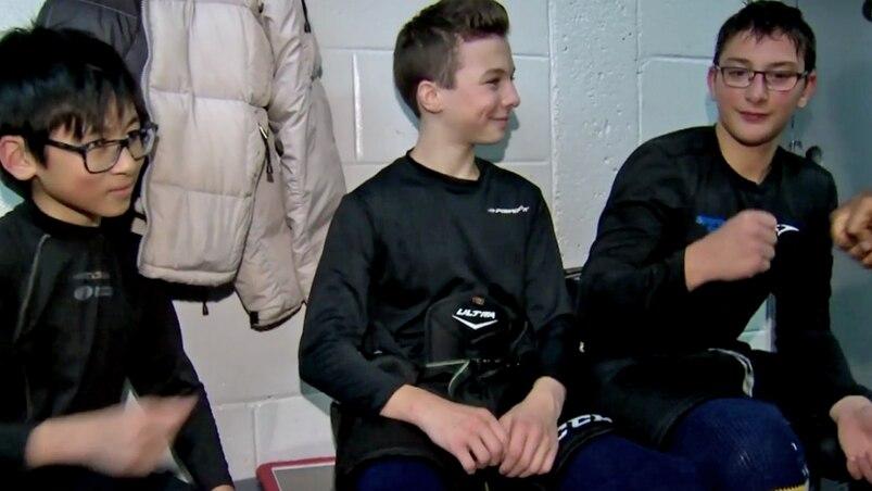 Dans l'univers du hockey adapté, du hockey pour les enfants autistes