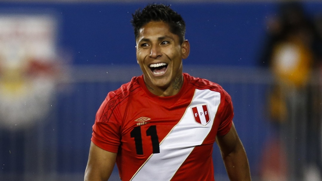International Team Soccer-Sports-Football - Soccer-PERU-V-ICELAN