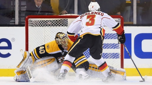 SPO-HKO-HKN-CALGARY-FLAMES-V-BOSTON-BRUINS