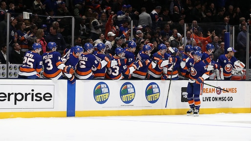 HKO-HKN-SPO-CHICAGO-BLACKHAWKS-V-NEW-YORK-ISLANDERS