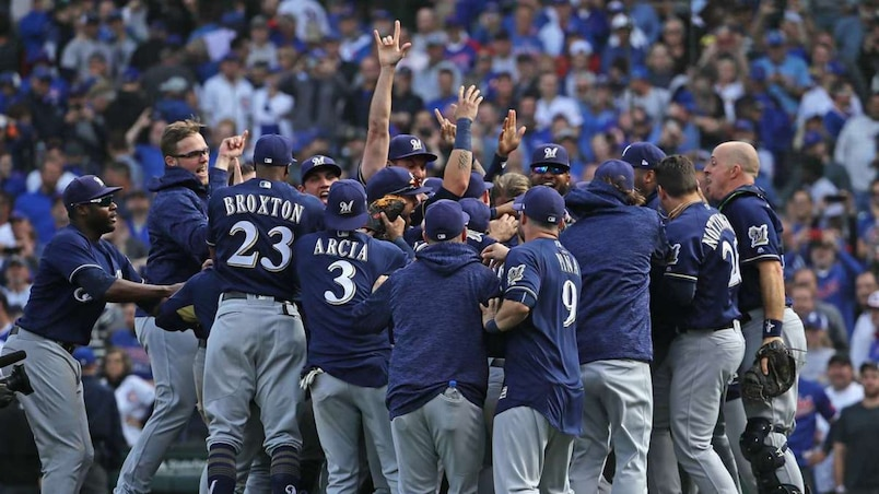 National League Tiebreaker Game - Milwaukee Brewers v Chicago Cubs