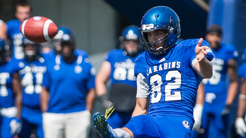 SPO-FOOTBALL-CARABINS